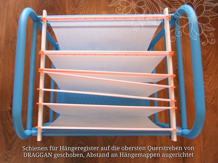 5-Schienen-für-Hängeregister-auf-Querstreben-schieben