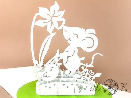 Plotterdatei Pop-up-Karte Maus mit Narzisse (3D Grußkarte) - offen