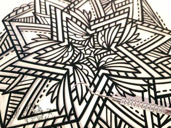 Plotterdatei filigraner Stern - geplottet aus schwarzer Flexfolie