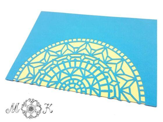 Vielseitige Faltkarte Mandala (umgesetzt in blau und gelb)